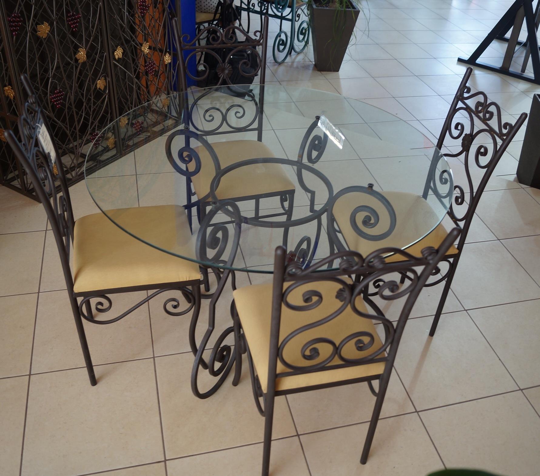 Hierro ornamental la mejor opcion para hierro forjado y for Comedores hierro forjado