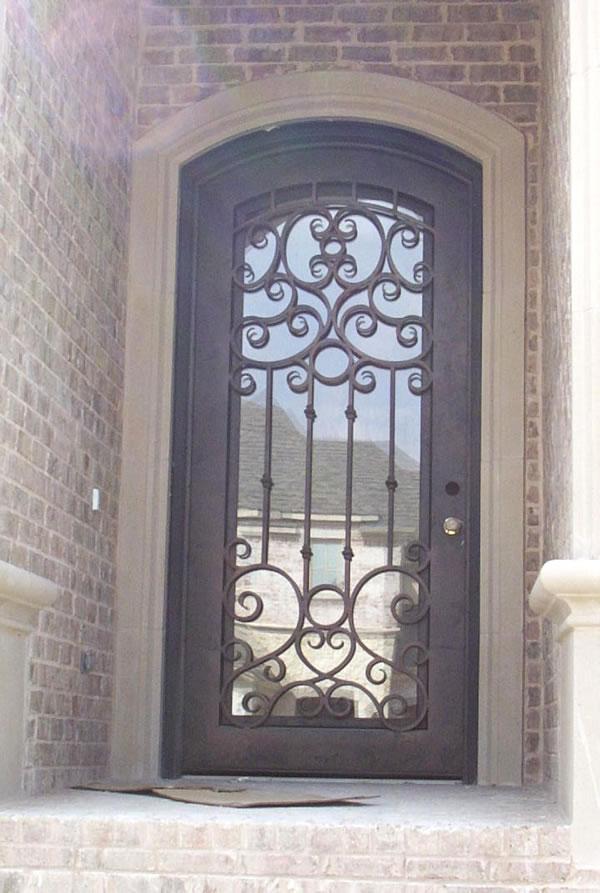 Productos de hierro forjado y acero inoxidable for Modelos de puertas de hierro con vidrio