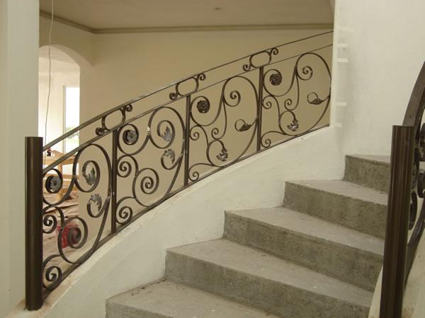 Barandas de hierro forjado para escaleras imagui - Barandales modernos para escaleras ...